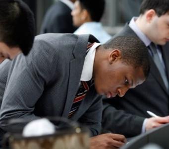 InCreditable-Advisors-bad-credit-can-cost-you-a-job